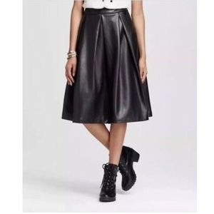 WhoWhatWear Vegan Leather Skirt